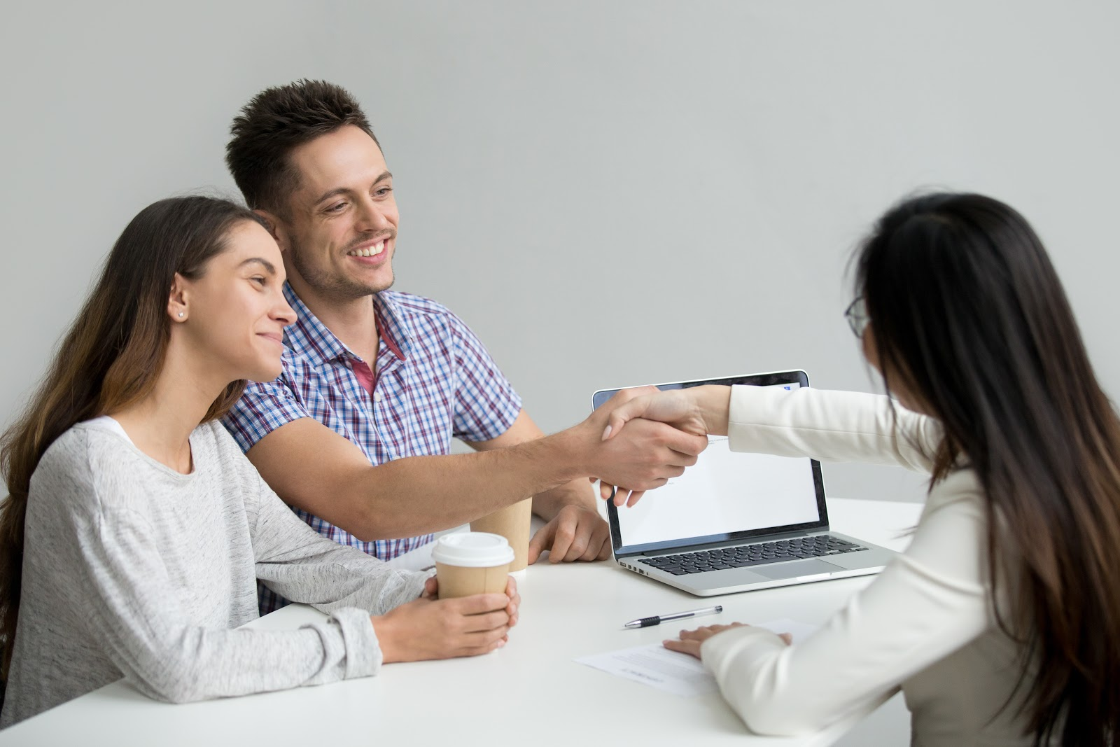 Solicita asesoría con expertos en inversión inmobiliaria
