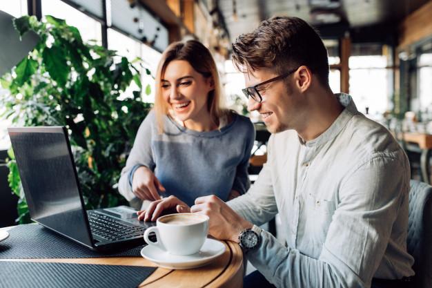 Ivertir o Ahorrar: Invierte y pon a trabajar tu dinero